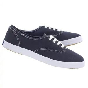 KEDS | 7.5 | Navy Lace-up Oxford Champion Sneakers